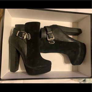 Chinese laundry Black heeled booties